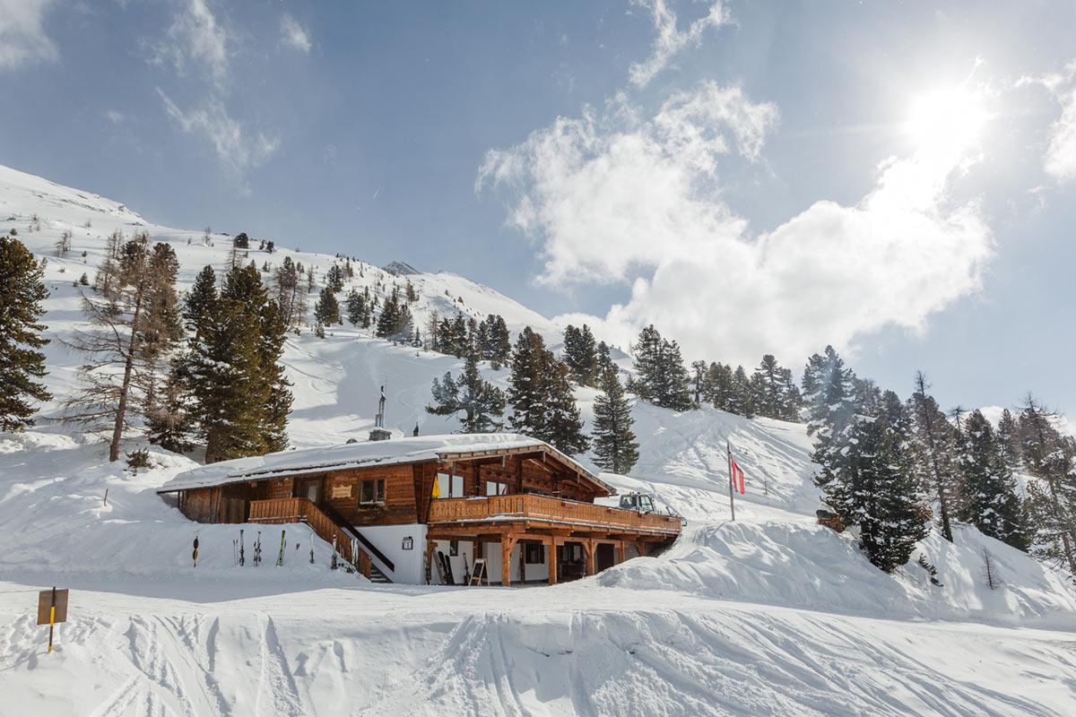 Graukogelhütte im Winter
